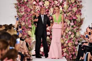 RIP Oscar de la Renta: Fashion Designer Dies at Age 82 and Twitter Reacts